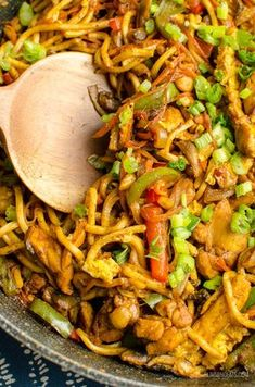 Syn free chicken singapore noodles slimming world slimming eats - slimming Slimming World Noodles, Slimming World Curry, Slow Cooker Slimming World, Slimming World Free, Slimming World Dinners, Slimming World Breakfast, Slimming Eats, Slimming World Pizza, Slimming Workd