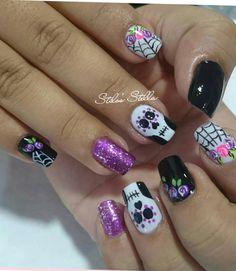 Nails Halloween Sencillas 47 Ideas For 2019 Halloween Nail Designs, Christmas Nail Designs, Halloween Nail Art, Cool Nail Designs, Acrylic Nail Designs, Christmas Nails, Holiday Nails, Dark Nails, Blue Nails