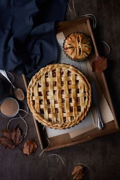 Fall Recipes, Holiday Recipes, Pie Crust Designs, Sweet Pie, Snacks Für Party, Fall Baking, Aesthetic Food, Food Photography, Bakery