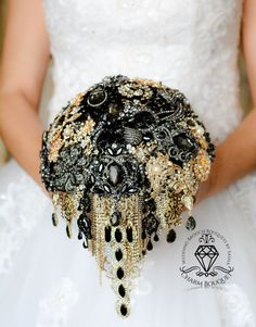 Brooch Bouquet Wedding Bouquet Black and Gold by CharmBouquet