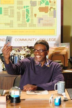 But first, let me take a (@CommunityTV) #selfie...in my @lafontparis glasses.