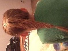 Reverse fish tail braid