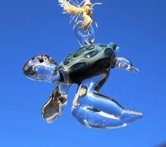 Hanging Hawaiian Sea Turtle glass sculpture