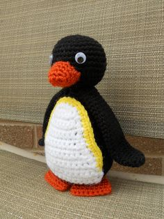 The cutest penguin...wonder if I could do something like this??
