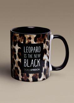 Von uns gibt's sogar die passende Tasse zu Eurem neuen Lieblings-Outfit: In limitierter Auflage beim Doris Streich-Fachhändler. Darf's dazu ein Leo-Outfit aus der aktuellen Herbstkollektion sein?  #dorisstreich #fashion #leo #giveaway