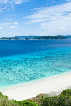 Nishibama Beach, Aka Island (Kerama Island), Zamami-son, Okinawa Prefecture_ Japan. Aka Island belongs to the Kerama Island group which is known for some of the world's clearest waters with 50-60m visibility.