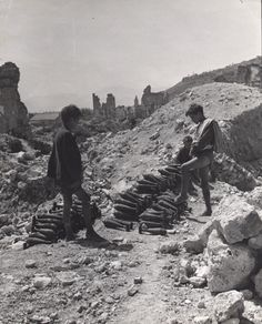 David Seymour, A collection of old mortar shells made from the ruins of Cassino by a group of boys, 1948
