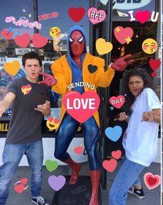 pinterest: thedollydear Loki Marvel, Marvel Funny, Marvel Memes, Spiderman Marvel, Tom Holland, Heart Meme, Baby Toms, Todays Mood, Avengers Characters