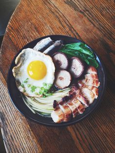 Pork belly Zucchini-Noodle Bowl