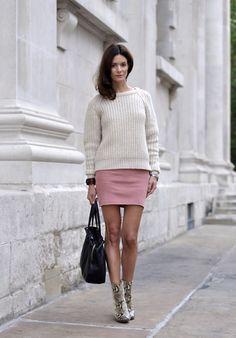 Hedvig ... - Acne Studios Knit, American Apparel Wool Skirt, Acne Studios Bracelet, Zara Boots, Tagheuer Watch, Céline Bag - Chunky knits
