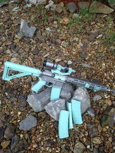 This Tiffany blue set up firearms tactical Weapons Guns, Guns And Ammo, Rifles, Nagisa Shiota, Ar Build, Hunting Guns, Bow Hunting, Custom Guns, Custom Ar15
