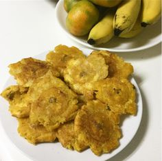 Tostones These 18 Traditional Dishes Prove That Puerto Rico Has The Best Food Puerto Rican Dishes, Puerto Rican Cuisine, Puerto Rican Recipes, Cuban Recipes, Spanish Recipes, Jamaican Recipes, Steak Recipes, Boricua Recipes, Comida Boricua