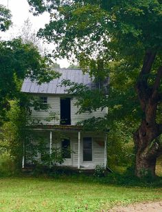 Abandoned Mansions, Abandoned Houses, Abandoned Places, Long Gone, Old Farm Houses, Ghost Towns, Farms, Missouri, Kansas