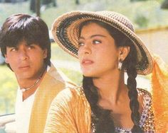 Truly Incredible!10 Things U Can't Miss in #India . Watching #DDLJ at Maratha Mandir A must: http://j.mp/10thingsUcantMissed-WatchingDDLJinMM … pic.twitter.com/zJY1YI1U7e