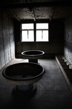 Sachsenhausen Washrooms