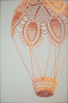 100均用品で簡単!レースと風船で作るランプシェードがかわいすぎる♡ - NAVER まとめ