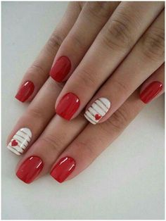 70 Super Ideas For Nails Easy Design Valentines Day How to apply nail polish? Nail polish in your friend's nails looks perfect, nevertheless you can Big Nails, New Year's Nails, Cute Nails, Pretty Nails, Short Nails, Red Gel Nails, Red Nail Art, Nail Gel, Cute Nail Art Designs