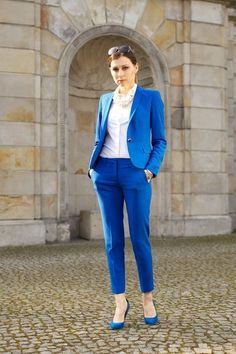 Style Inspiration: Business casual look - suit me up