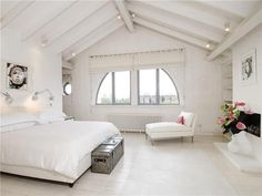 ATTIC ROOMS AGAIN!!!! I can't get over it...=P