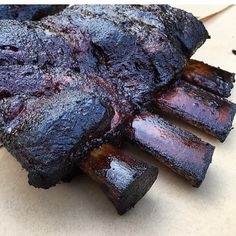 Slow. #beefribs #unknownbbq #slow #yeticoolers #foodporn #foodpics #builtforthewild #salt #pepper #smoke #eat #southern #florida #beef by unknown_barbecue