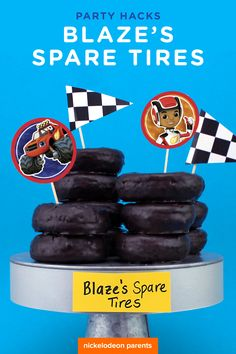 Got a spare minute? These donut tires are perfect party snack for your Blaze fan! Simply buy store-bought chocolate frosted donuts and platter them with Blaze and the Monster Machine's treat toppers! Serve up at your child's Blaze birthday party. Birthday Party Snacks, Cars Birthday Parties, Birthday Fun, Lego Parties, Birthday Ideas, Third Birthday, Birthday Cake, Blaze And The Monster Machines Party, Monster Truck Birthday