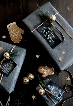 Photo/Styling: by Therese Knutsen - My Christmas. Grey and gold Christmas wrapping.