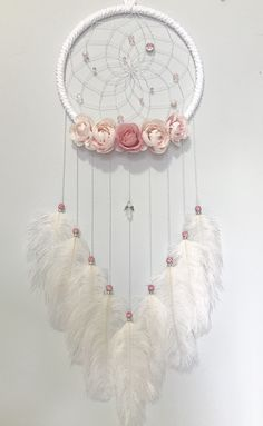 Dream Catcher Decor, Dream Catcher Boho, Dream Catchers, Quick Crafts, Crafts To Make, Arts And Crafts, Crochet Dreamcatcher Pattern, Home Craft Decor, Parrot Painting