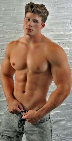 Hunks Men, Blonde Guys, Big Muscles, Raining Men, Muscular Men, Attractive Men, Good Looking Men, Male Beauty, Sensual