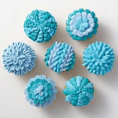 Don't just serve the same-old cupcakes at your party. Spice up the celebration with a new technique or two! You can decorate some amazing effects using only tip 47 and your favorite shade of icing. Tip 47 has a smooth and a ridged side, so you can mix it up just by turning the tip!