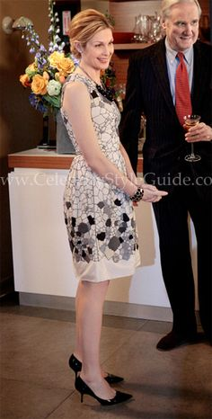 Gossip Girl Style and Fashion: Kelly Rutherford as Lily van der Woodsen wore the Lela Rose Embellished Dress on Gossip Girl (Season 5, Episode 21) Despicable B