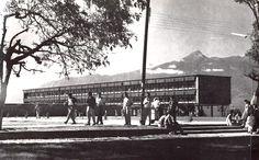 Escuela Normal de Ciudad Guzmán, Calz Madero y Carranza, Ciudad Guzmán, Jalisco, México 1960 Arq. Salvador de Alba - Normal School, Ciudad Guzman, Jalisco, Mexico 1960