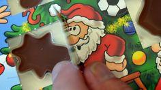 Die Stifung Warentest warnt: In der Schokolade aus Adventskalendern haben Forscher Mineralöl gefunden. Die Stoffe können krebserregend sein. Die Verbraucherschützer raten vom Verzehr ab. Mittlerweile hat eine der betroffenen Firmen ihr Produkt aus dem Handel genommen.