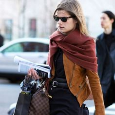 Suede jacket and burgundy scarf street style Fashion Week Nyc, Best Street Style, Street Chic, Nyfw Street, Burgundy Scarf, Suede Jacket, Leather Jacket, Leather Skirt, How To Wear Scarves