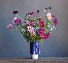 Weekend DIY: Try This Floral Arrangement From The Flower Recipe Book