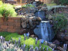 Bachlauf im Garten mit Hanglage bauen