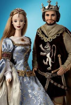Arthur and Guinevere barbie Crochet Barbie Clothes, Vintage Barbie Clothes, Vintage Dolls, Doll Clothes, Barbie Fashionista, Barbie And Ken Costume, Barbie I, Vintage Barbie Kleidung, Original Barbie Doll