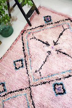 モロッコラグ ボ・シャルウィット ボ・シャラウィット Boucherouite フレンチモロッコ  モロッコ 絨緞 ベルベル ベニワレン リサイクルラグ