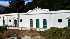 Historic & Heritage Buildings, old Farmsteads of Cape Dutch Architecture Wineries. Cape Dutch, Architects, Buildings, Lime, Mansions, House Styles, Projects, Painting, Log Projects