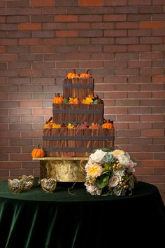 Fall wedding cake by Creative Cakes   Wedding Guide Chicago