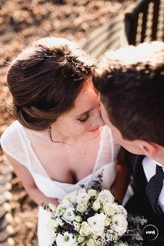 Couple Photos, Couples, Wedding Dresses, Fashion, Couple Pics, Bridal Dresses, Moda, Bridal Gowns, Wedding Gowns