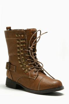 Studded Combat Boots #adorable #lovethem