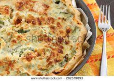Quiche with zucchini and salmon
