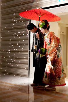 番傘+桜吹雪で入場! 箱根で行う披露宴のアイデア☆