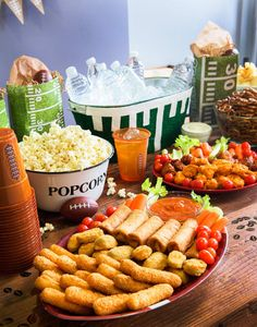 Elevate your football party with these 12 easy steps -- from kicking things off with football bingo to serving food that runs laps around the concession stand, this list has it all. Game Day Snacks, Game Day Food, Easy Snacks, Yummy Snacks, On The Go Snacks, Vietnamese Recipes, Vietnamese Food, Super Easy, Make It Simple