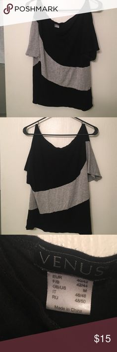 Adorable tee Black and grey Venus tee. Great closet staple for just about anything! Tops