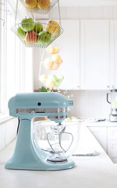 7 Steps to Styling Your Kitchen Countertops with Annie & KitchenAid. Start your new kitchen off right! Enter our giveaway for a stand mixer and Pine Cone Hill table linens: Kitchen Supplies, Kitchen Items, Diy Kitchen, Kitchen Gadgets, Kitchen Decor, Kitchen Design, Kitchen Stuff, Kitchen Utensils, Kitchenaid Mixer Colors