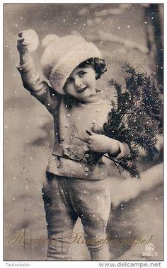 53 Ideas For Vintage Christmas Prints Children Vintage Christmas Photos, Vintage Children Photos, Images Vintage, Victorian Christmas, Vintage Holiday, Vintage Girls, Christmas Pictures, Vintage Pictures, Vintage Postcards
