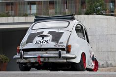 """Ortodoxos del automovilismo, pasen de largo, este post no es para vosotros. Os podría provocar pesadillas. La visión de un SEAT 600 D de 1968 personalizado al estilo """"rat"""" puede que no …"""