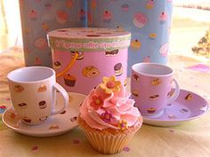 Cupcake espresso cups & saucers