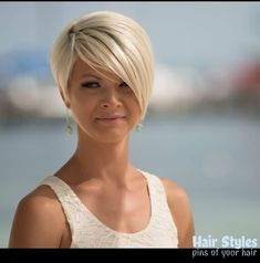 when i see all these popular short bob hairstyles hair cuts it always makes me jealous i wish i could do something like that I absolutely love this short bob h Medium Hair Cuts, Medium Hair Styles, Short Hair Styles, Hair Short Bobs, Short Bob Thin Hair, Fine Hair Pixie Cut, Short Fine Hair Cuts, Style Short Hair, Bobs For Fine Hair